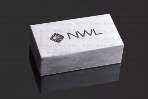 Laser-Tiefengravur auf Metall Aluminium