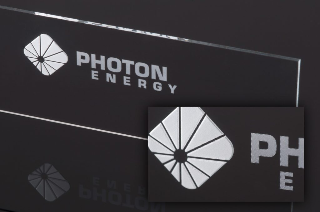 https://www.photon-energy.de/wp-content/uploads/2017/05/laser-applications-glass.jpg